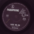 Beatles, The - Love Me, Do / I Saw Her Standing There